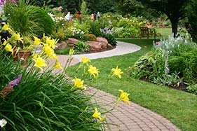 landscaping-col